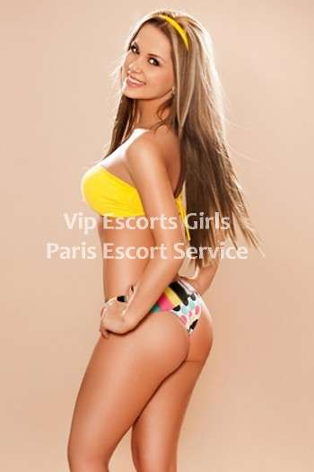 Jolly offers high class escort services in Paris